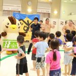 保育所児童も相撲に親しみました(第1回 イオン入間店杯 元気ないるまっ子すもう大会)